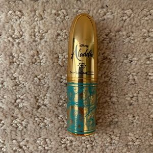 MAC LIMITED EDITION Aladdin lipstick in Rajah.